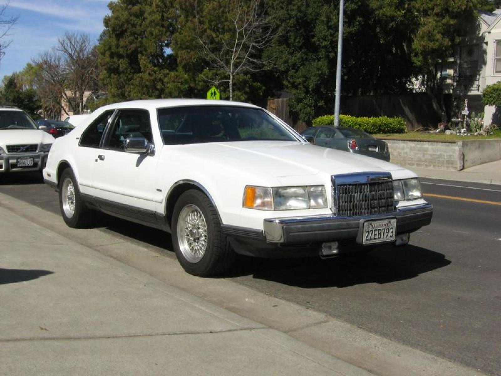 Lincoln Mark Vii on 1990 Lincoln Town Car