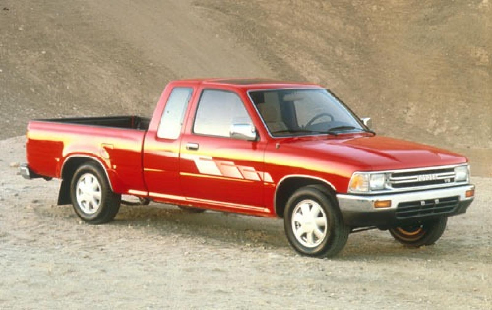 1995 toyota pickup information and photos zombiedrive. Black Bedroom Furniture Sets. Home Design Ideas
