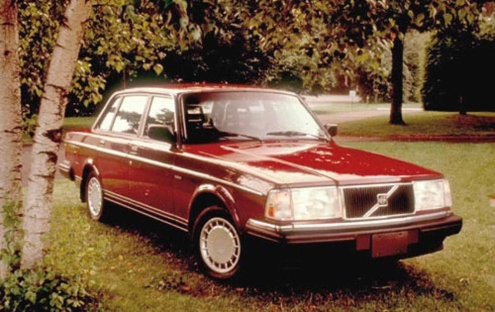 1991 volvo 240 information and photos zombiedrive. Black Bedroom Furniture Sets. Home Design Ideas
