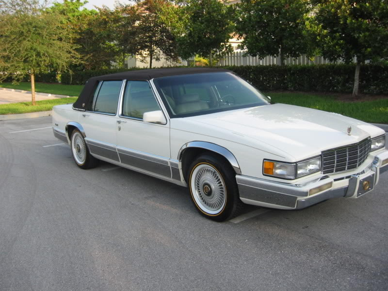 1992 Cadillac DeVille - Information and photos - ZombieDrive