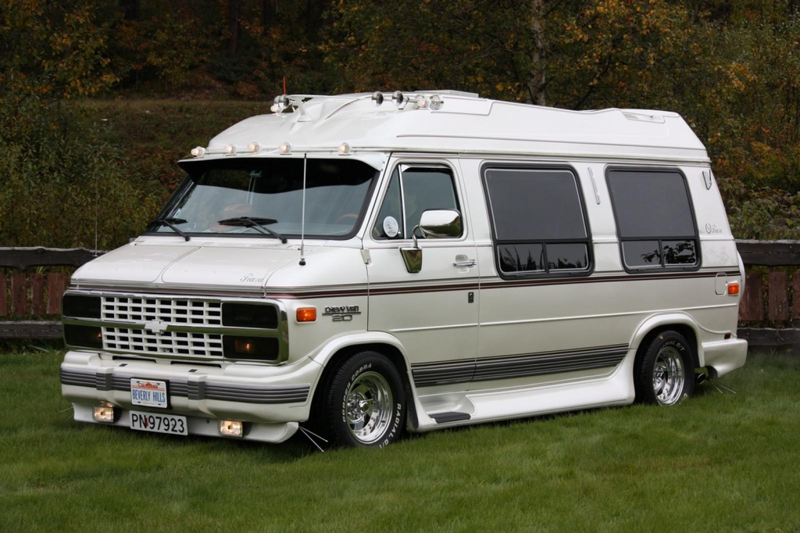 1992 Chevrolet Chevy Van - Information and photos - ZombieDrive