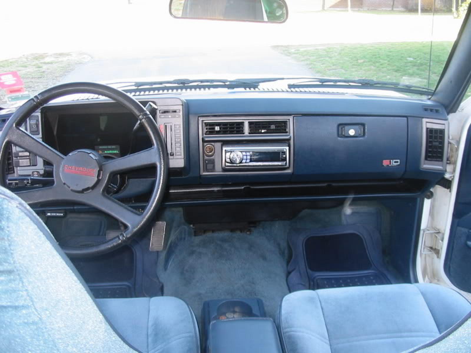 1992 S10 Autos Post