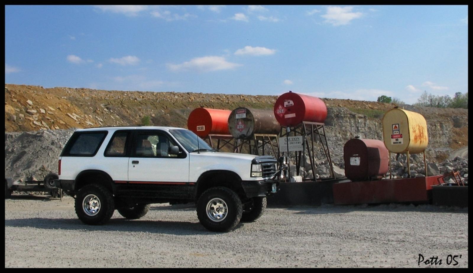 800 1024 1280 1600 origin 1992 ford explorer