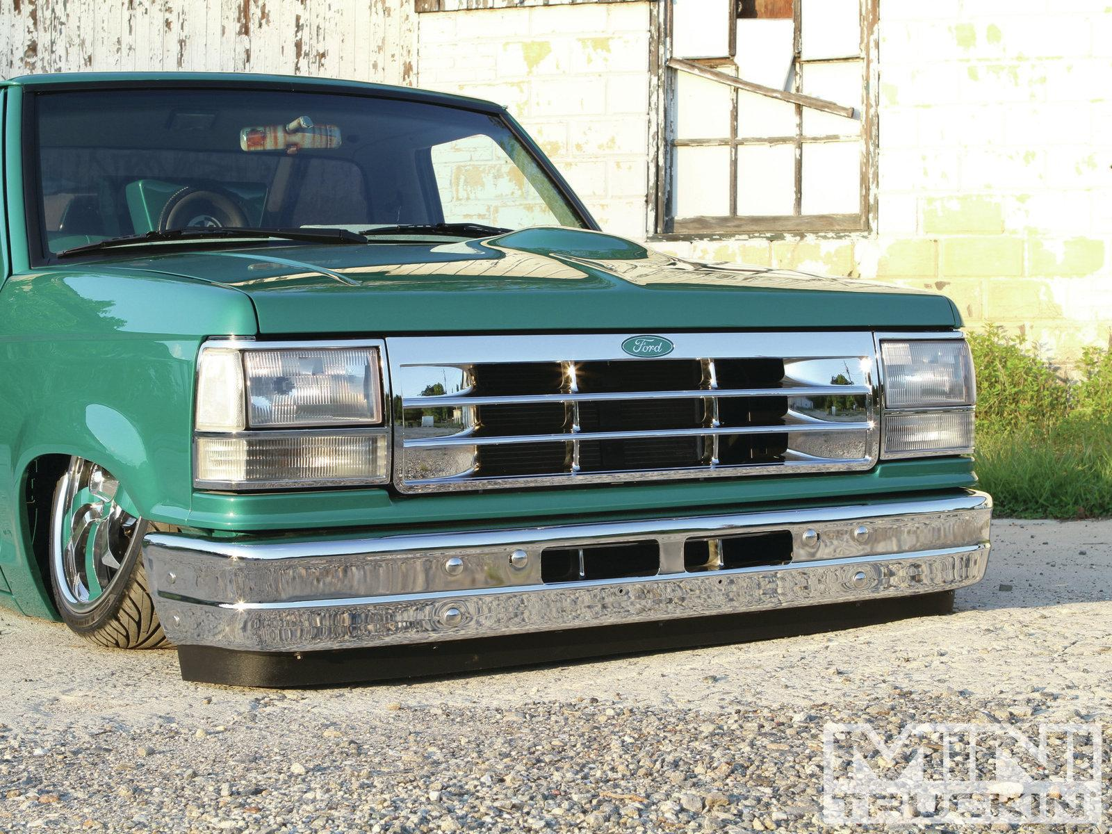 1992 Ford Explorer - Information and photos - ZombieDrive