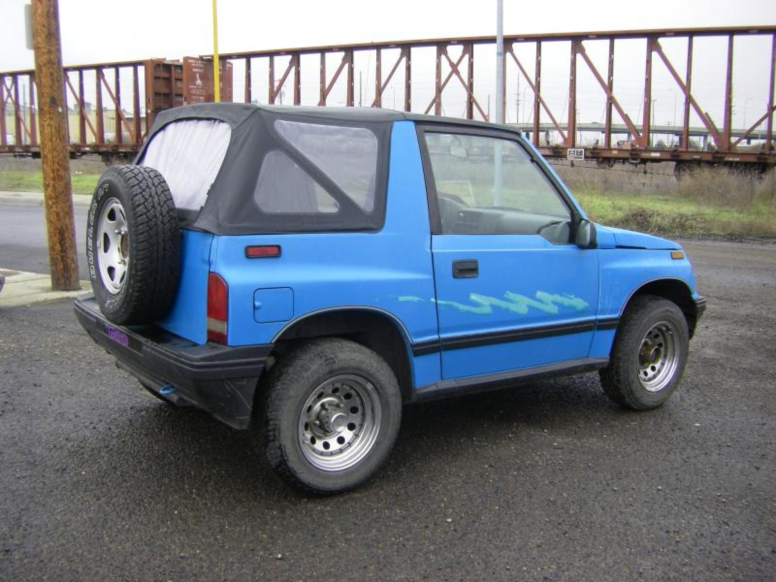 1992 geo tracker information and photos zombiedrive. Black Bedroom Furniture Sets. Home Design Ideas