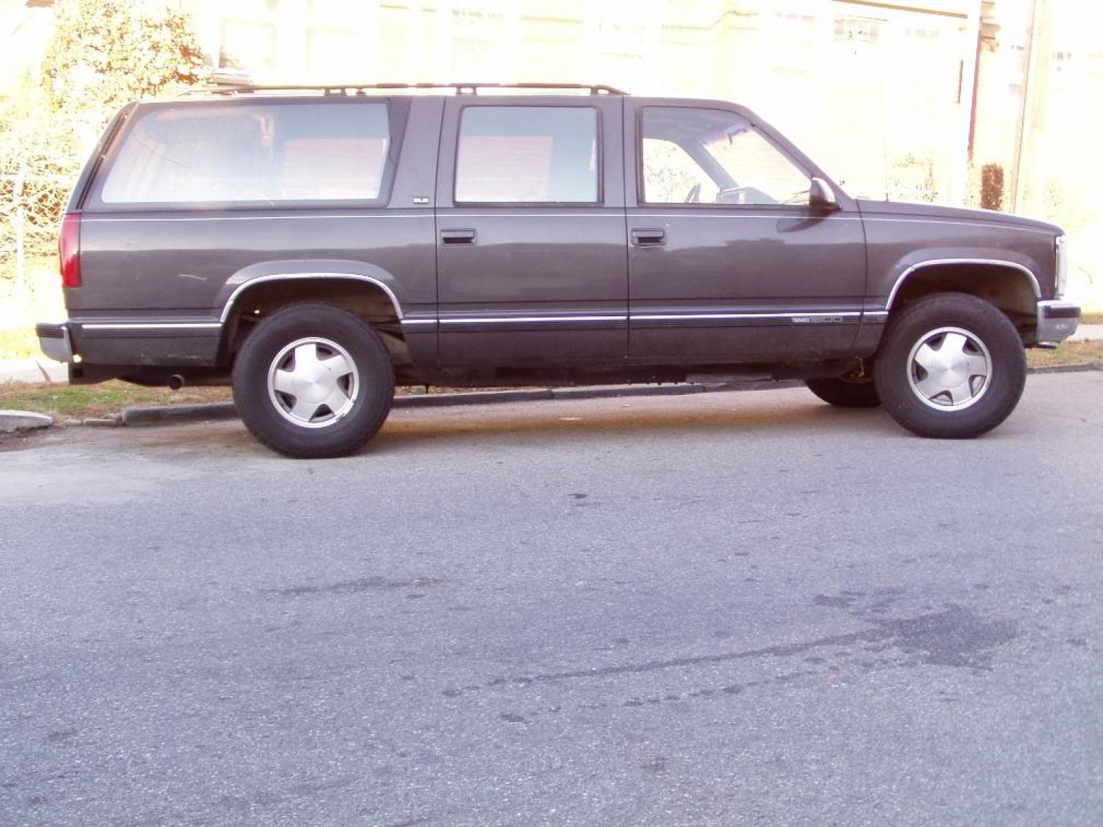 1992 Chevrolet Suburban 1 Owner 119k Orig miles STARCRAFT ...