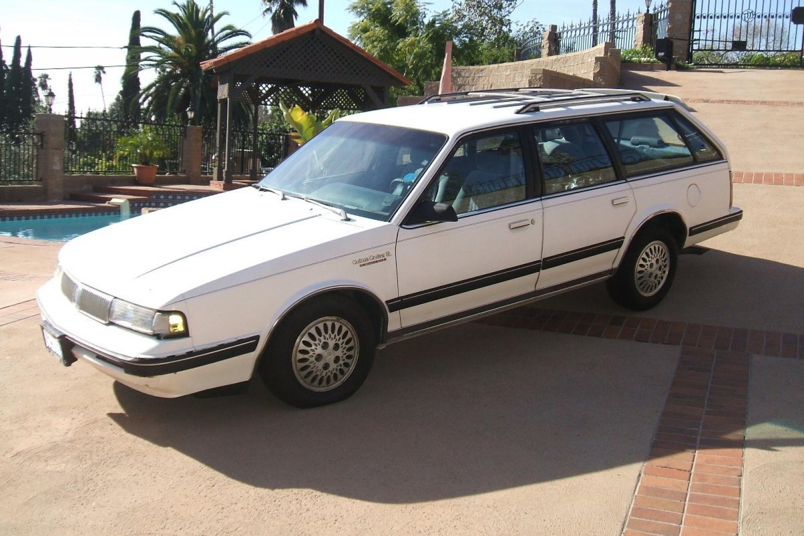 800 1024 1280 1600 Origin 1992 Oldsmobile Cutlass Ciera