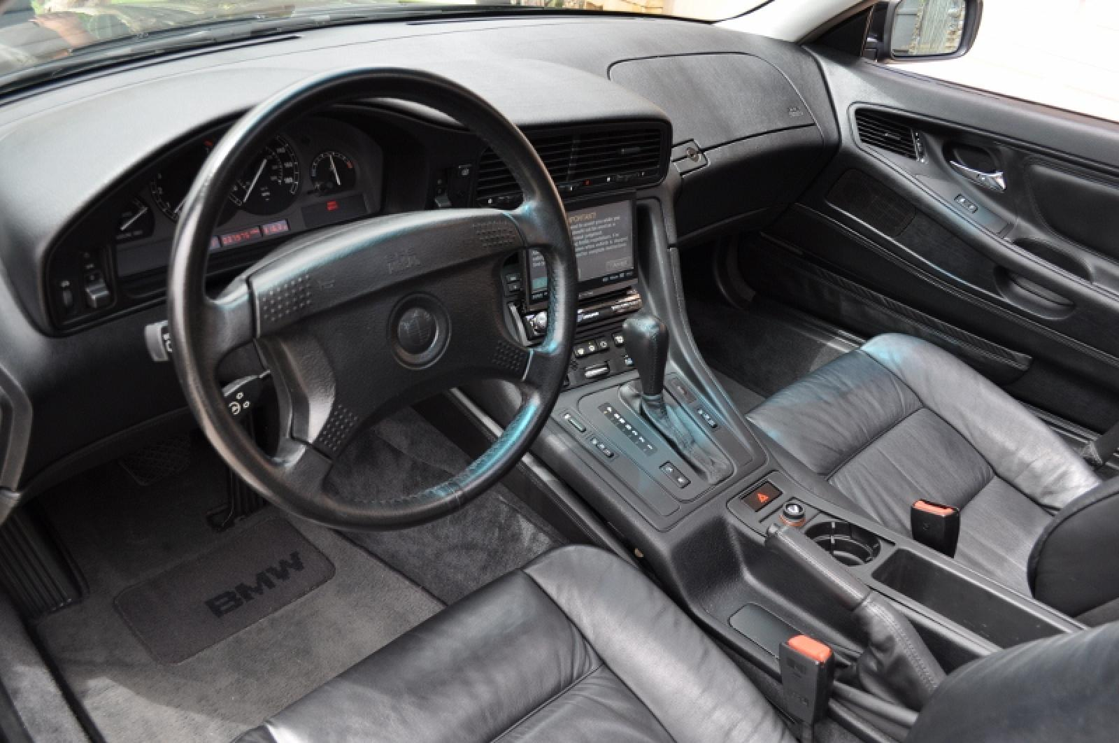 1993 Bmw 8 Series Information And Photos Zombiedrive