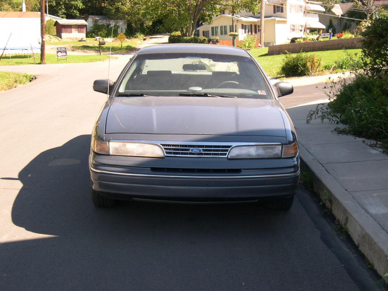 1993 ford crown victoria 1 800 1024 1280 1600 origin