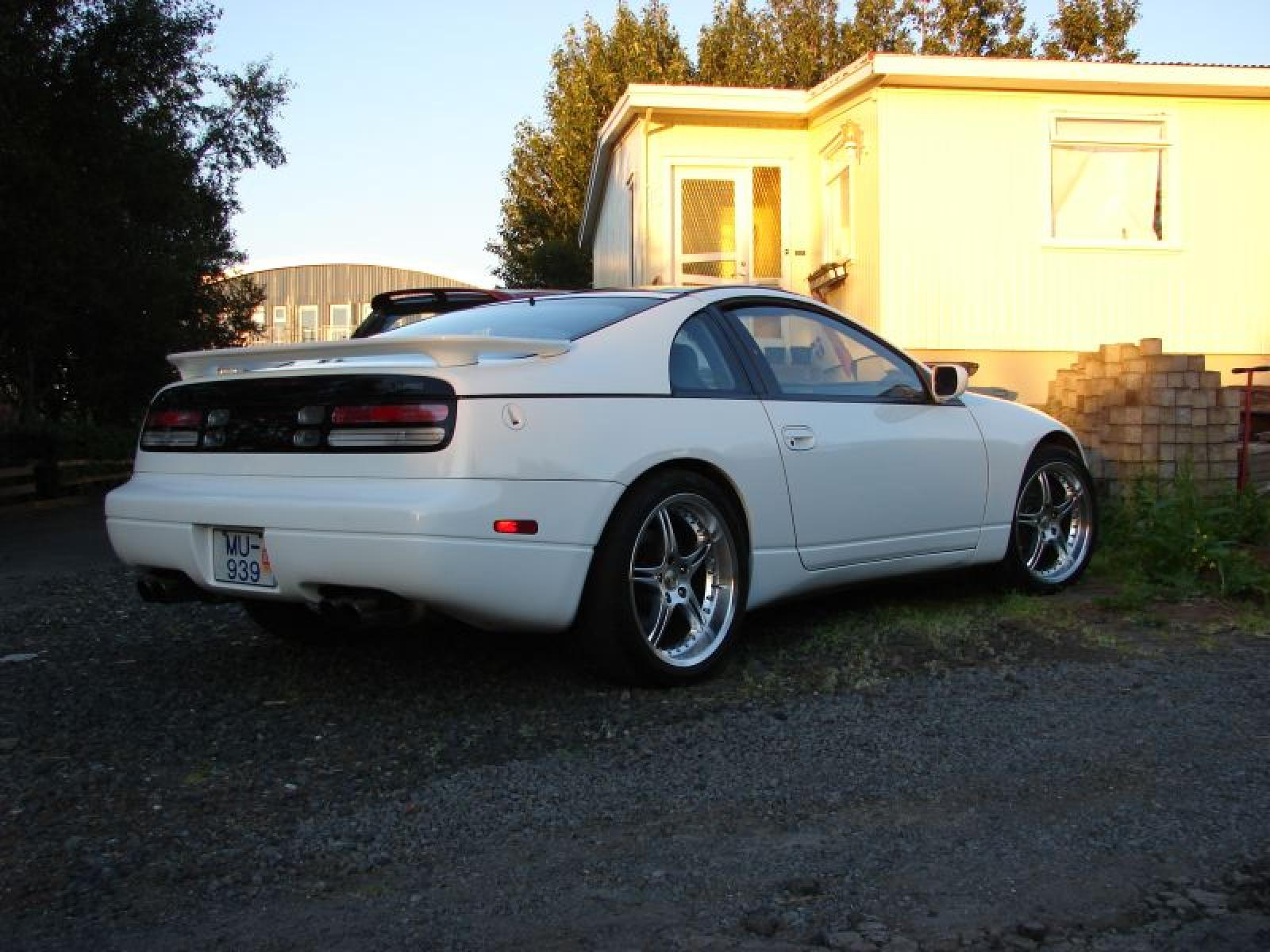 1993 Nissan 300ZX - Information and photos - ZombieDrive