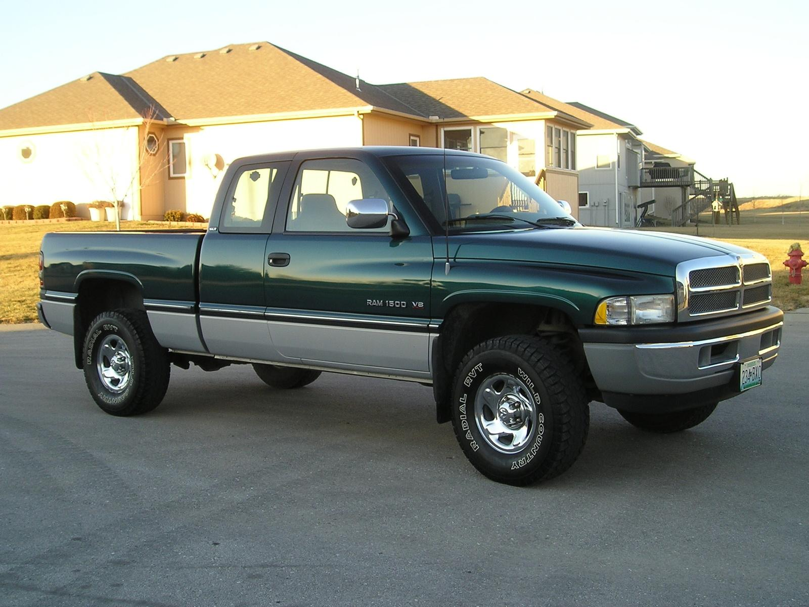 1994 dodge ram pickup 1500 information and photos zombiedrive. Black Bedroom Furniture Sets. Home Design Ideas