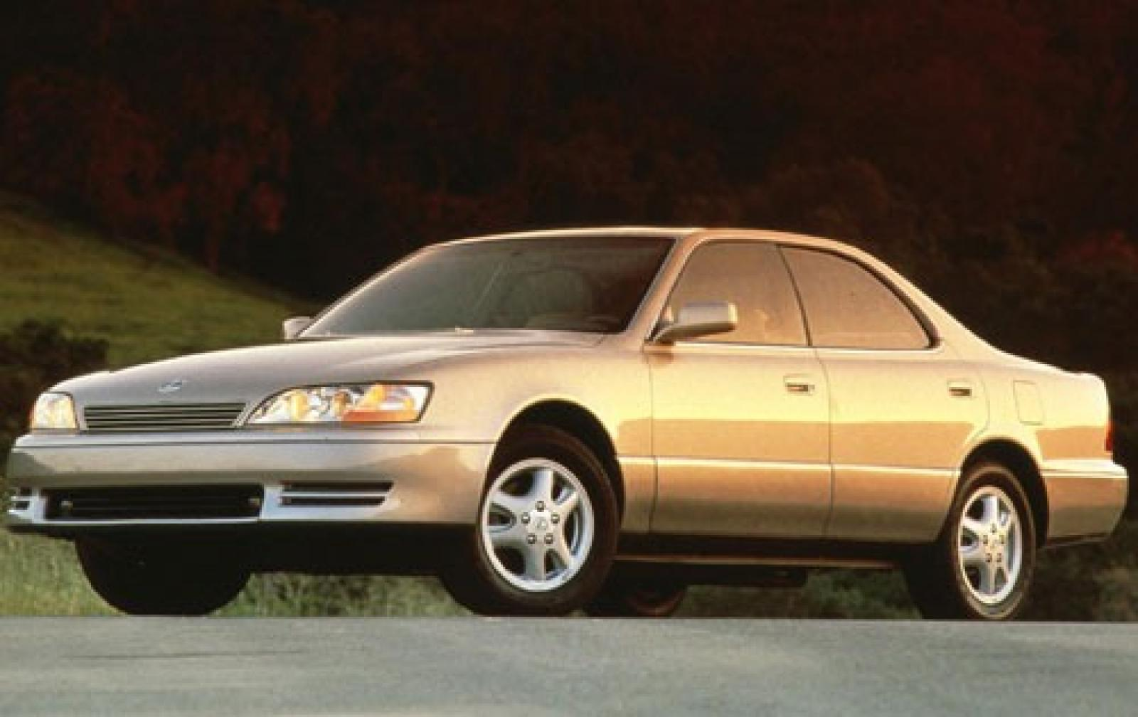 1995 Lexus Es 300 - Information And Photos