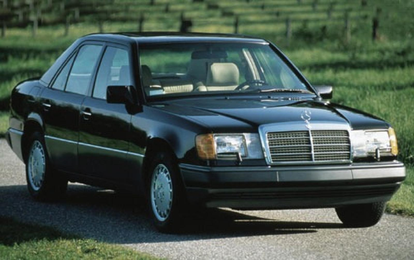 1990 Mercedes-Benz 300-Class #1