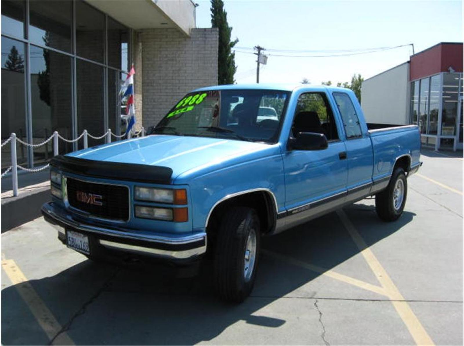 1995 GMC Sierra 2500 - Information and photos - Zomb Drive
