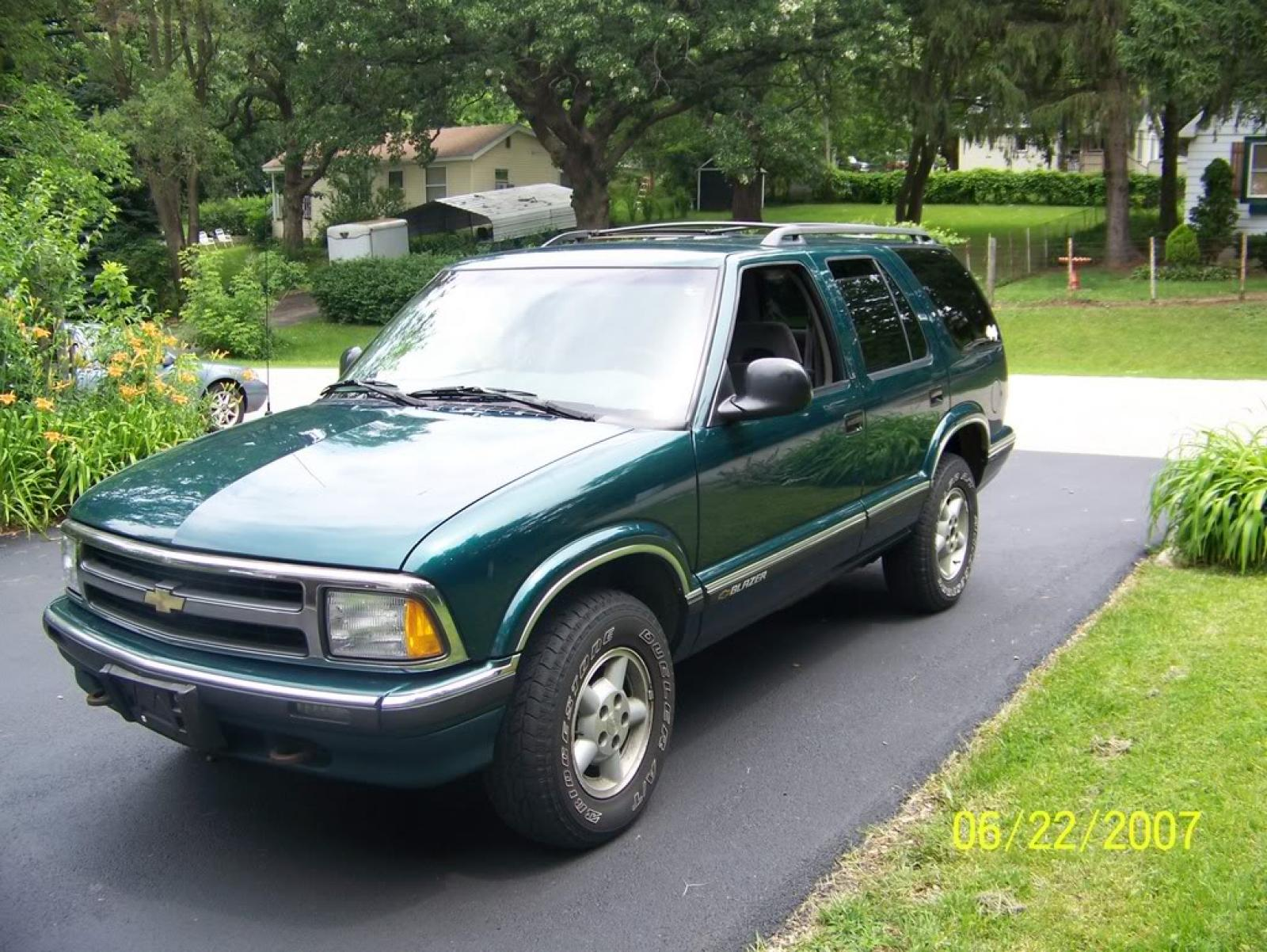 800 1024 1280 1600 Origin 1996 Chevrolet Blazer