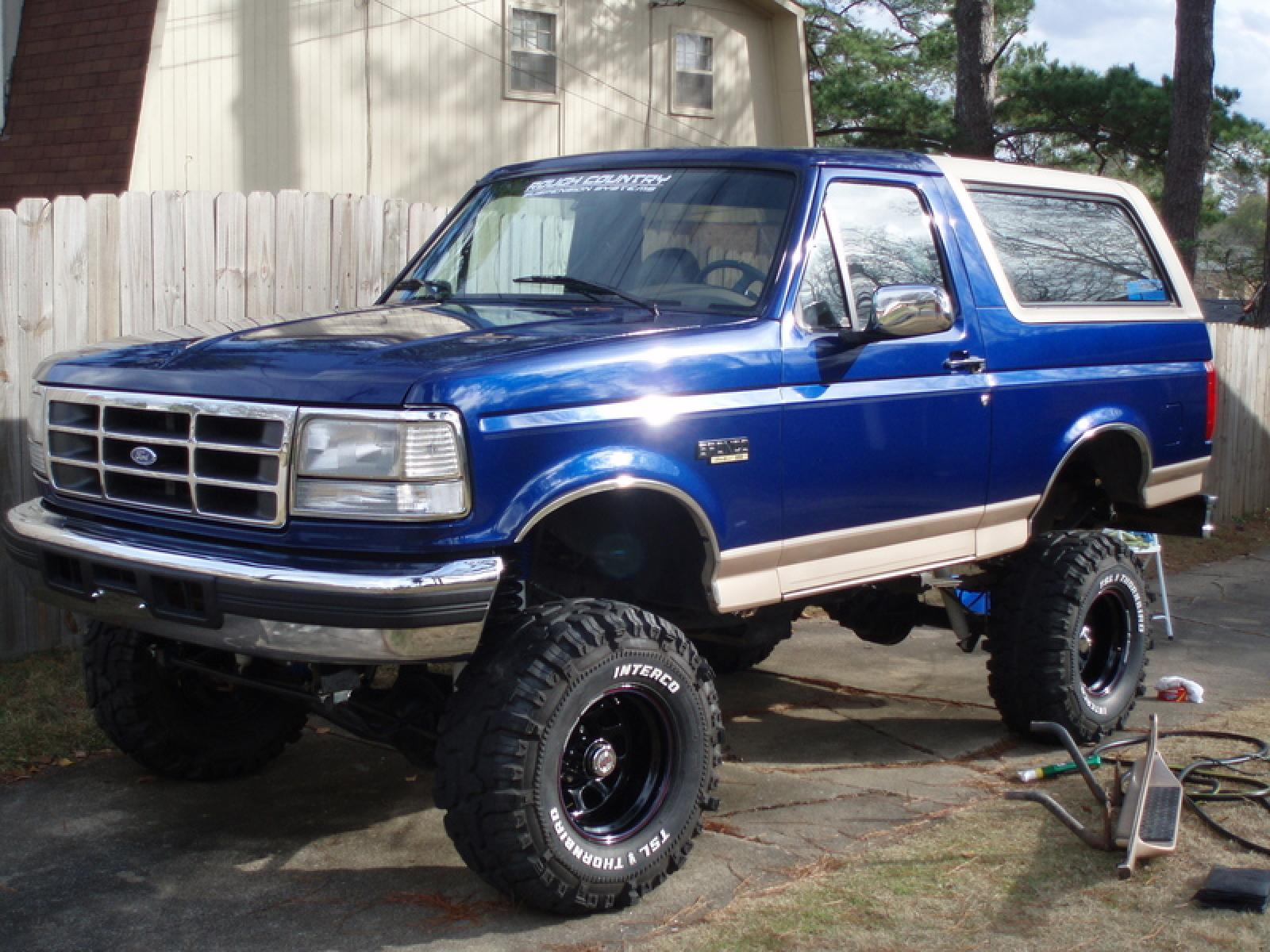 1996 Ford Bronco - Information and photos - ZombieDrive