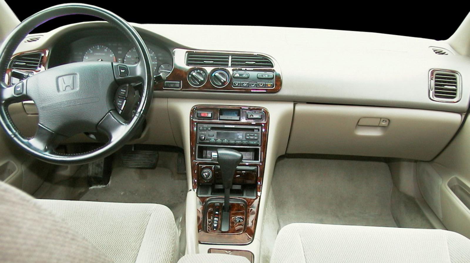 Honda honda accord 1996 : 1996 Honda Accord - Information and photos - ZombieDrive