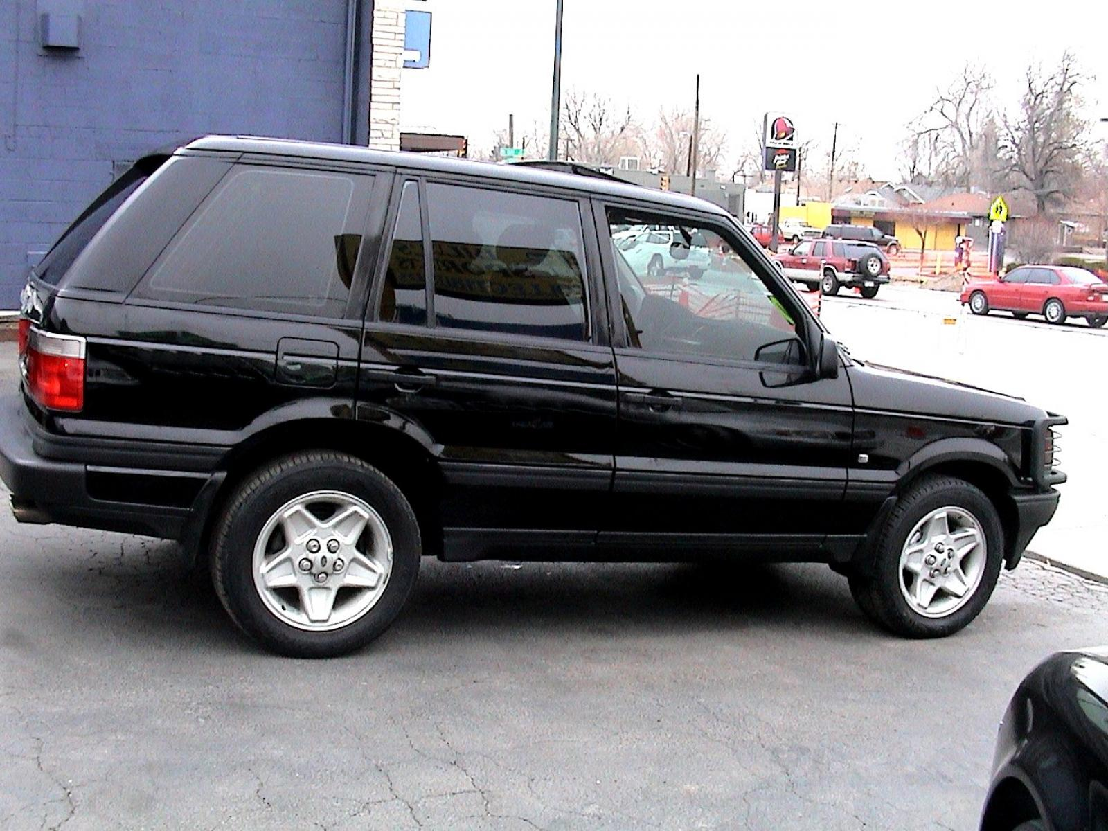 1996 land rover range rover information and photos zombiedrive. Black Bedroom Furniture Sets. Home Design Ideas