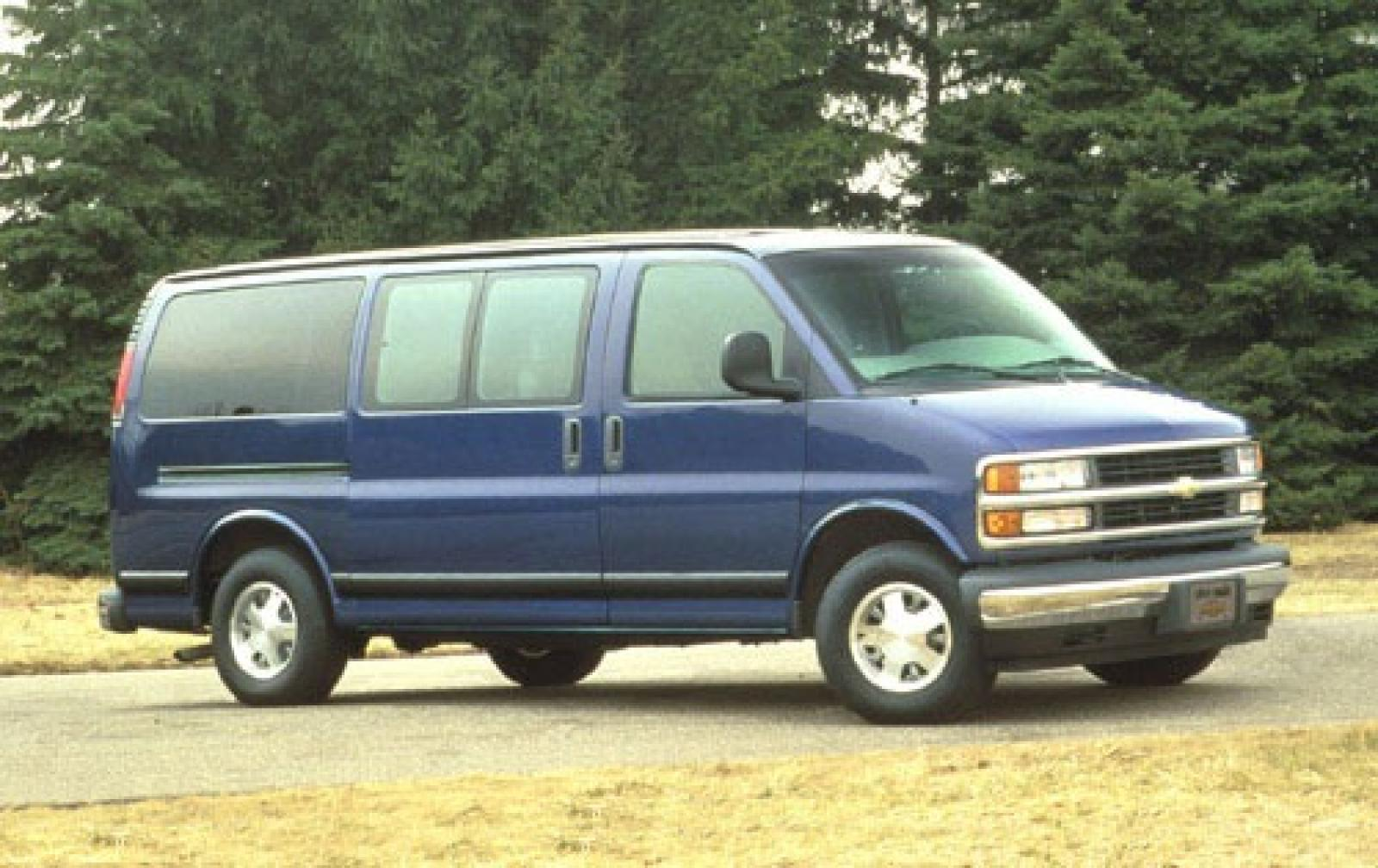1996 Chevrolet Express - Information and photos - ZombieDrive