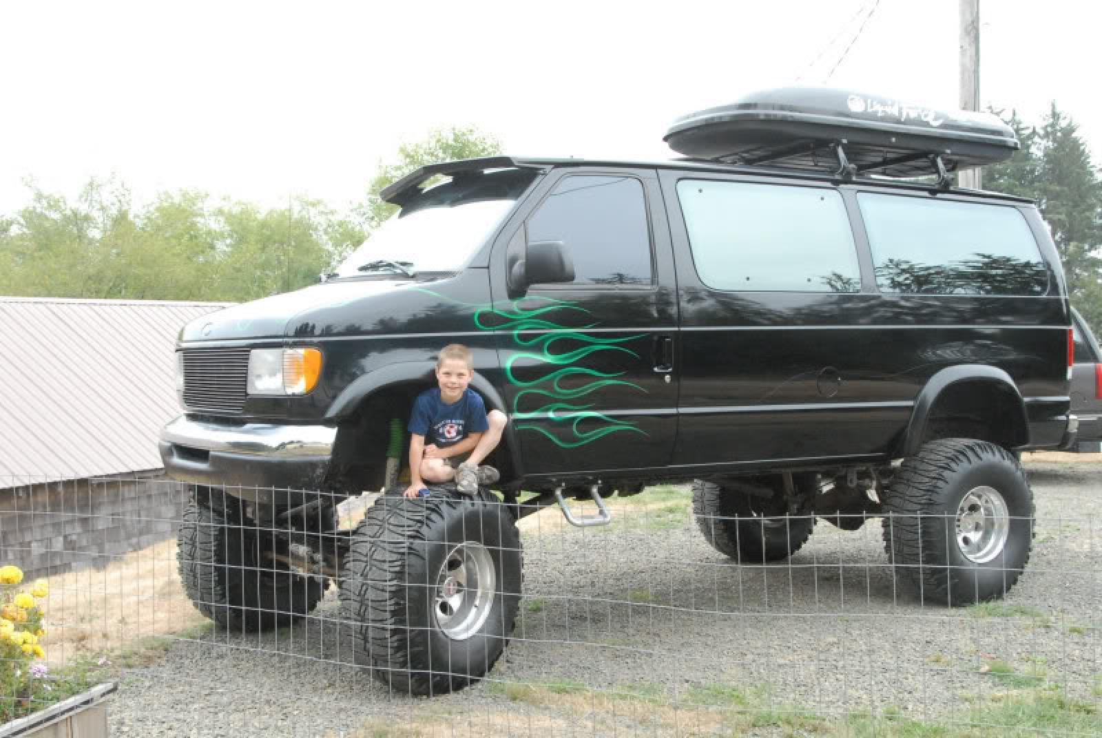 1997 ford e 350 information and photos zombiedrive. Black Bedroom Furniture Sets. Home Design Ideas