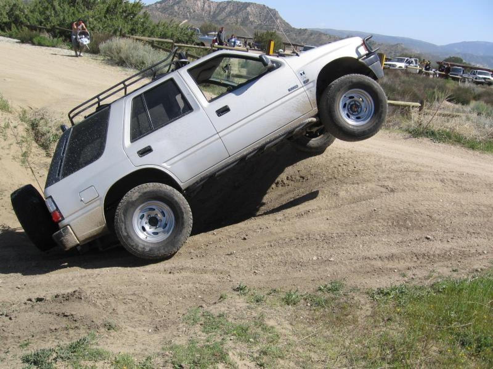 1997 Isuzu Rodeo - Information and photos - Zomb Drive