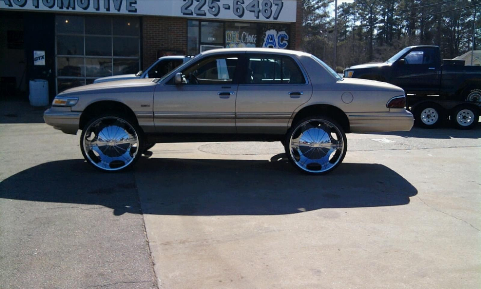 Grand marquis on 28s think