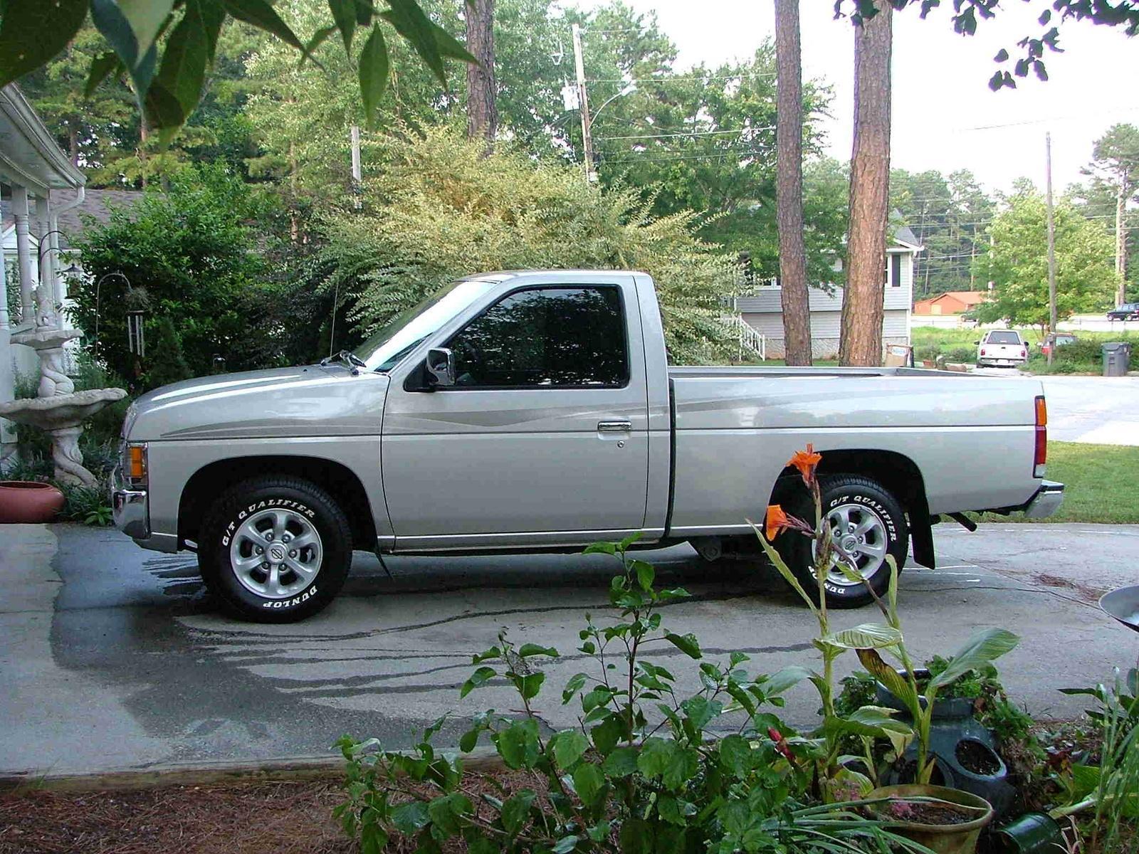800 1024 1280 1600 origin 1997 Nissan Truck ...