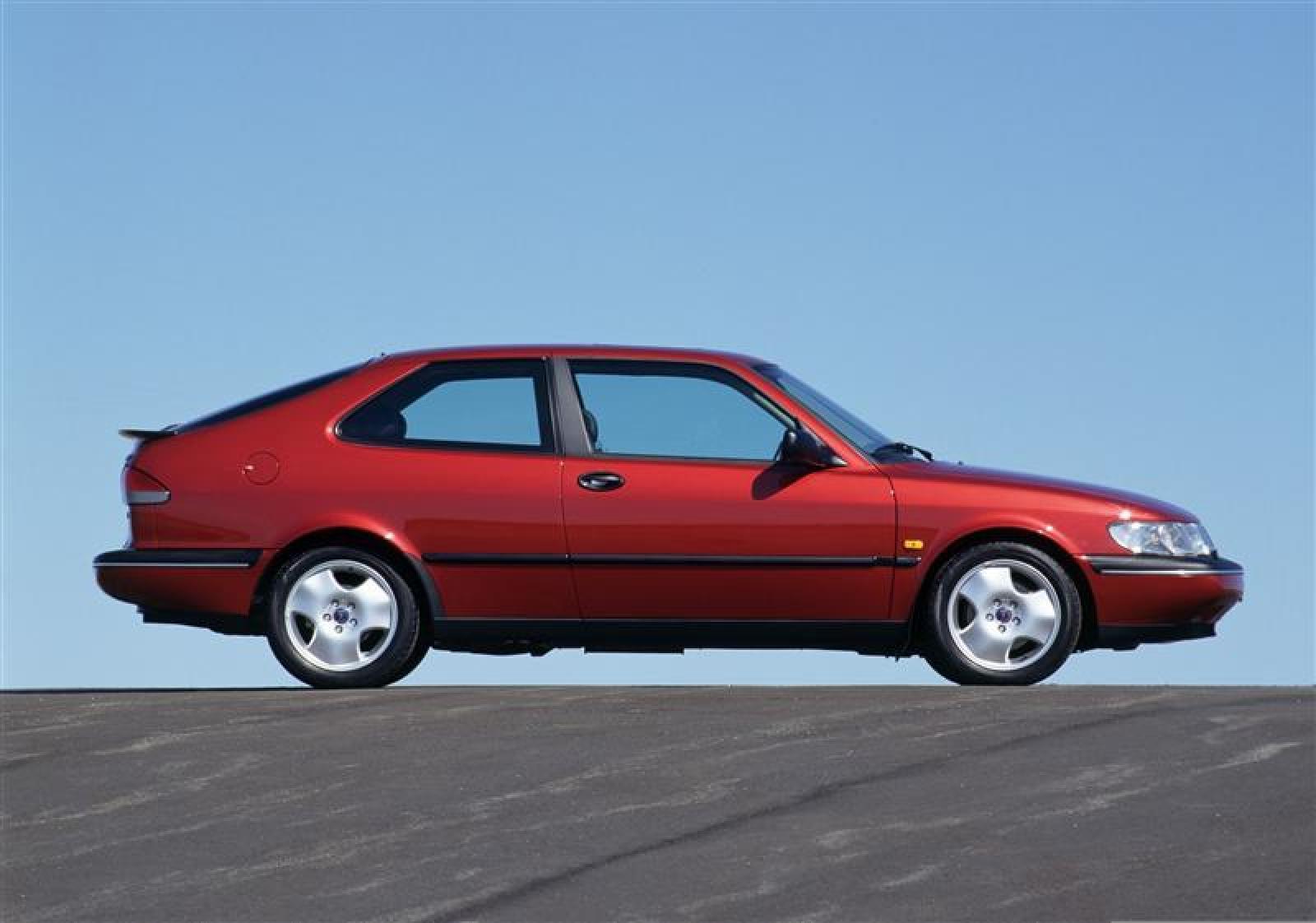 Saab 1997 saab 900 : 1997 Saab 900 - Information and photos - ZombieDrive