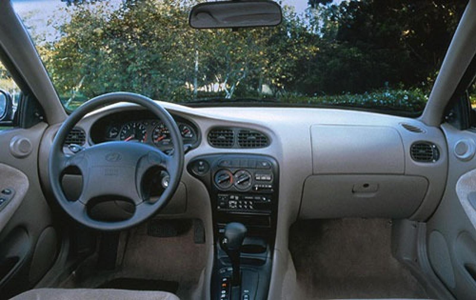 800 1024 1280 1600 Origin 2000 Hyundai Elantra