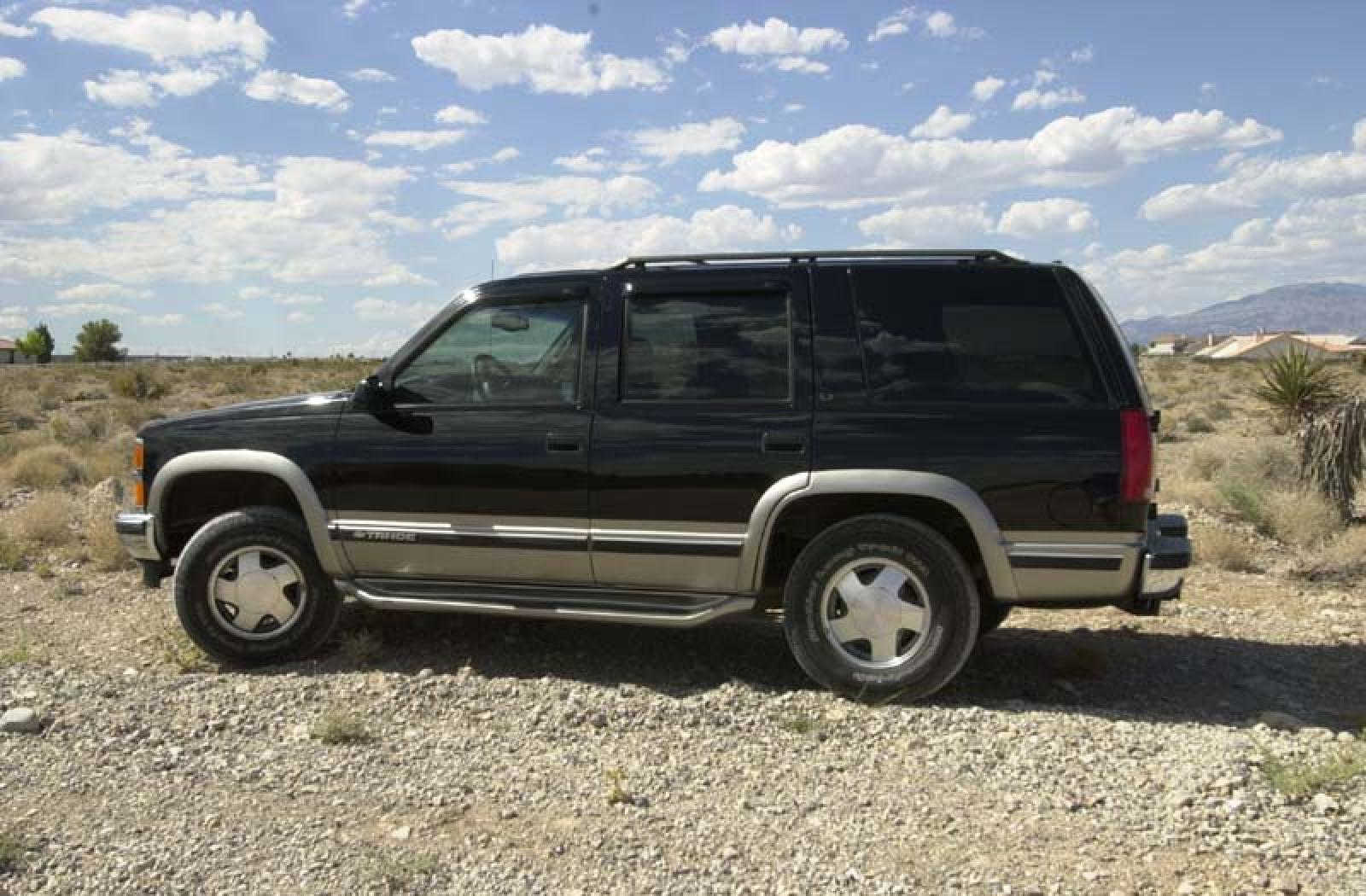 1998 Chevrolet Tahoe - Information And Photos