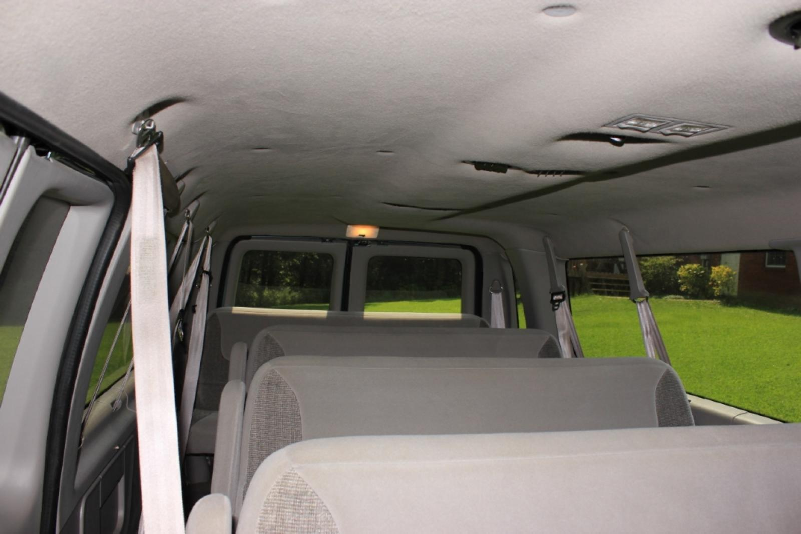 1998 Ford E-350 - Information and photos - Zomb Drive