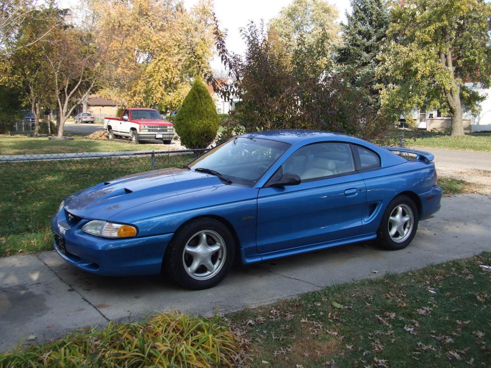 1998 ford mustang 1