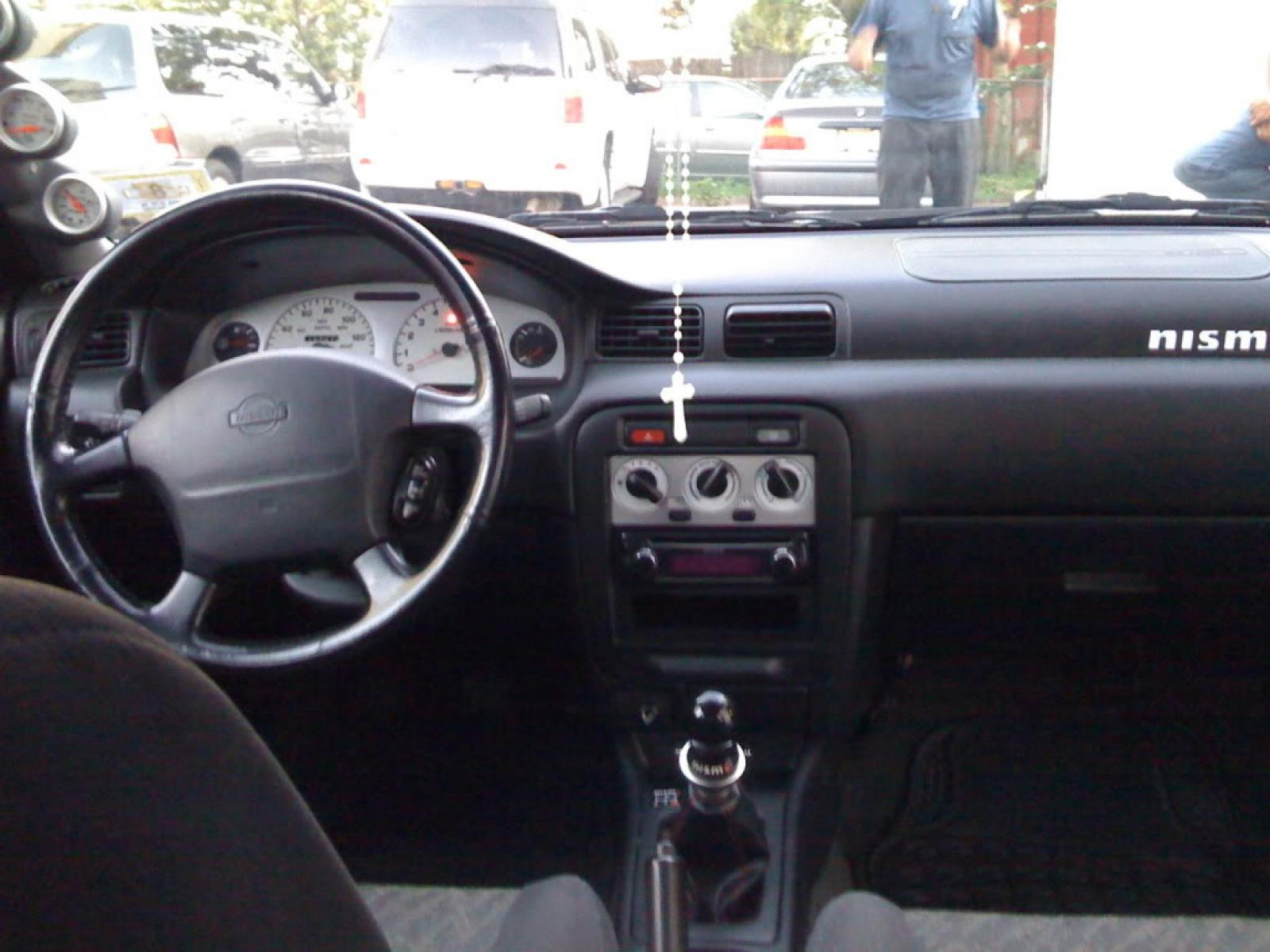 1998 Nissan Sentra - Information and photos - ZombieDrive