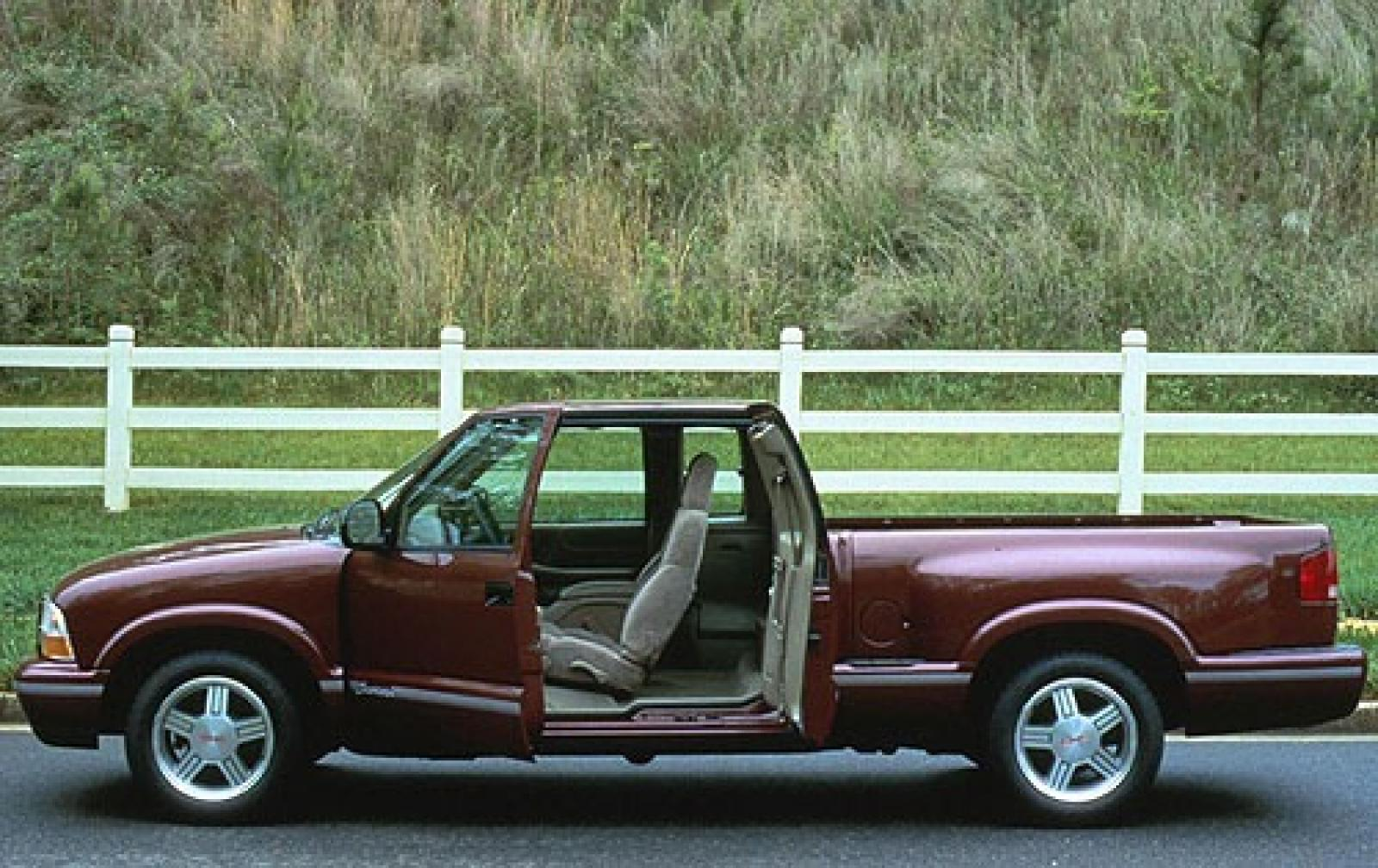 1999 Gmc Sonoma Information And Photos Zombiedrive Jimmy On 20 S 800 1024 1280 1600 Origin