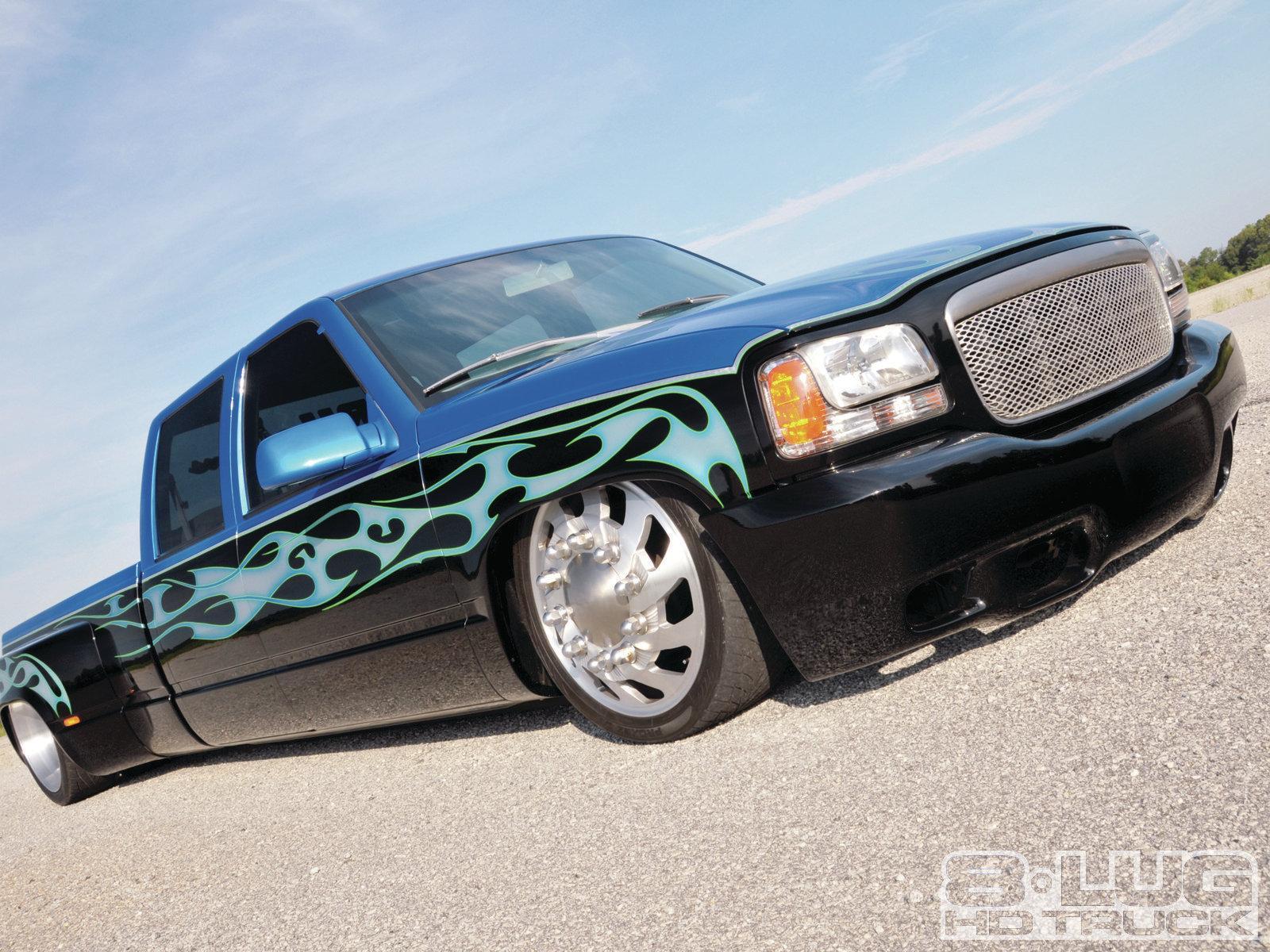 1999 Cadillac Escalade 10