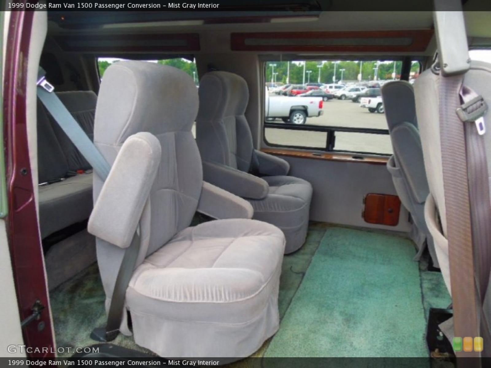 1999 Dodge Ram Van - Information and photos - Zomb Drive
