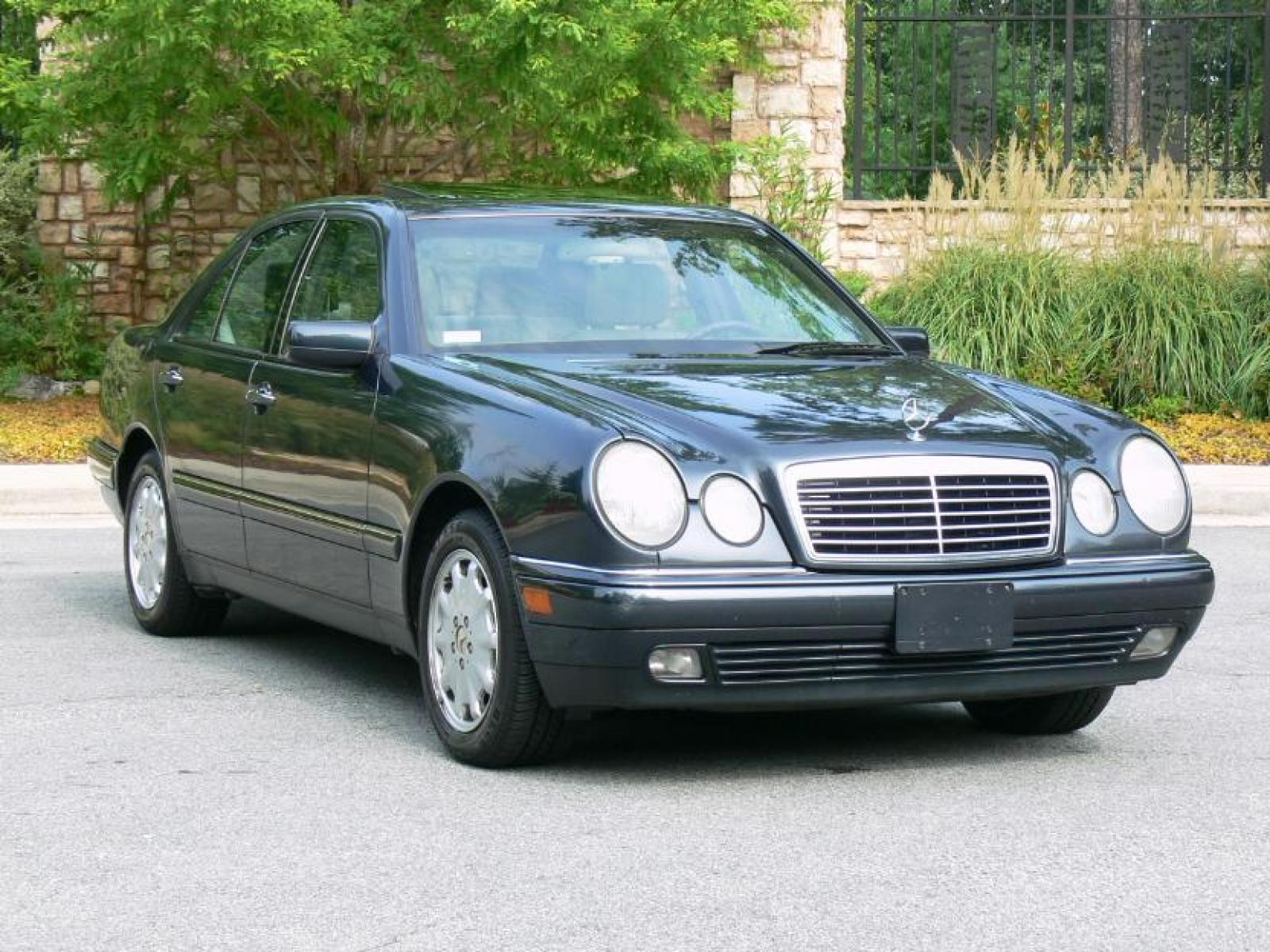 1999 mercedes benz e class information and photos. Black Bedroom Furniture Sets. Home Design Ideas