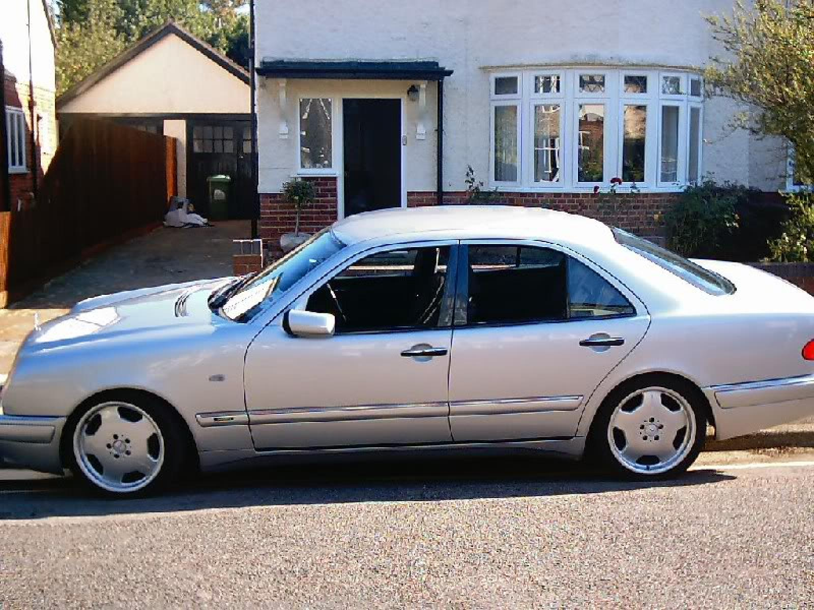 benz cars for saloon mercedes amg lot auctions sale ref buying