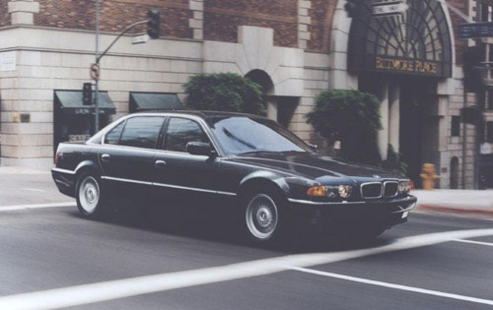 1999 Bmw 7 Series Information And Photos Zombiedrive