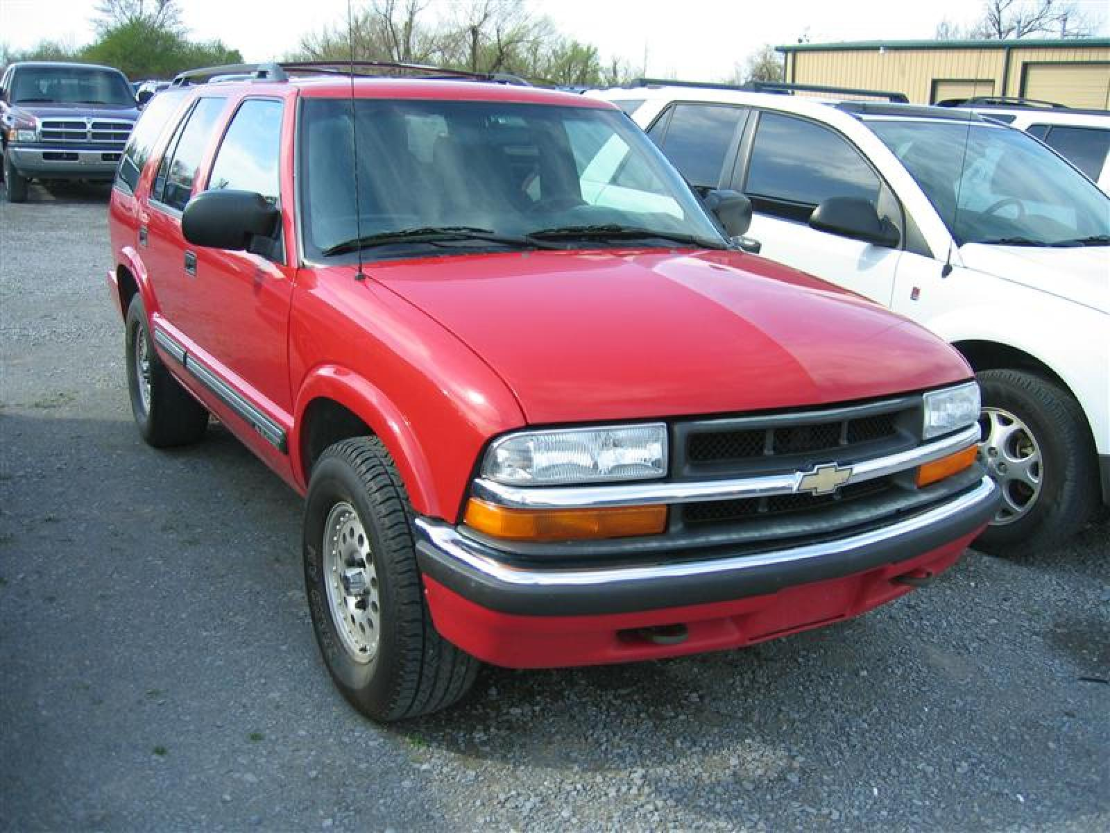 2000 Chevrolet Blazer - Information and photos - ZombieDrive