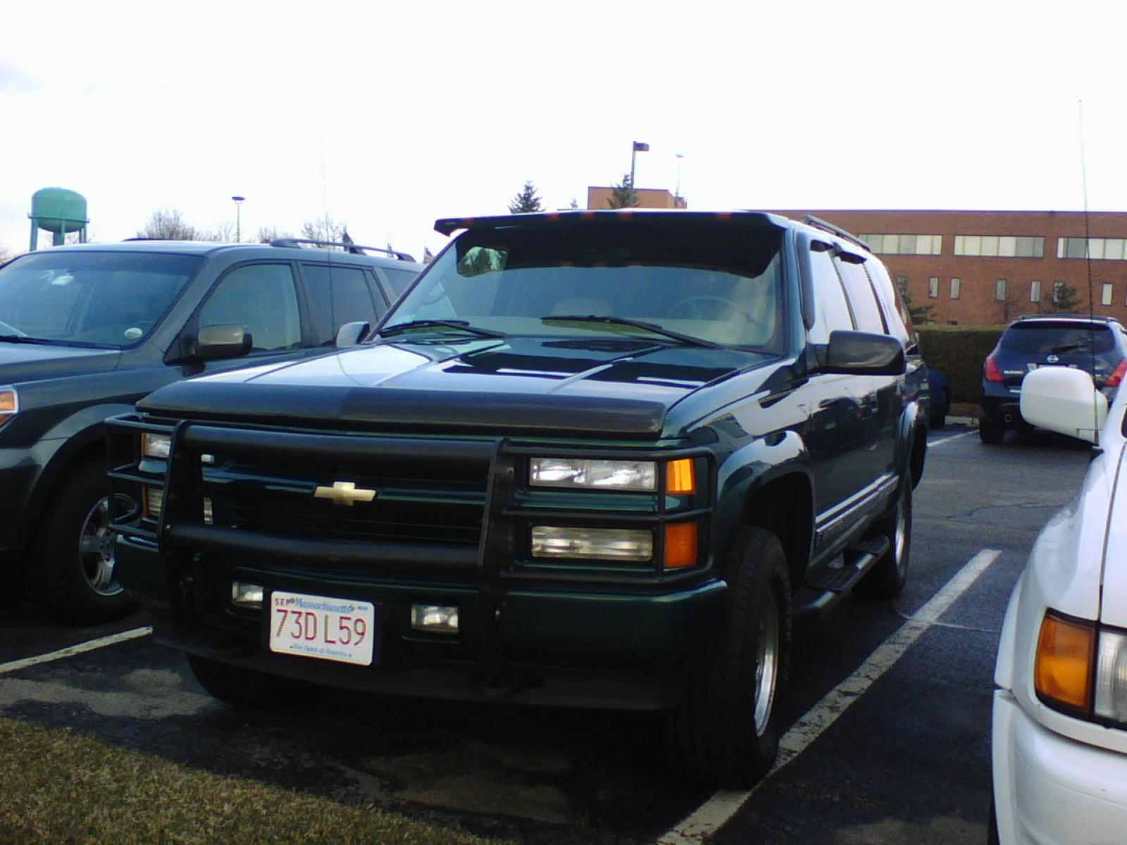 2000 Chevrolet Tahoe Limited Z71 12