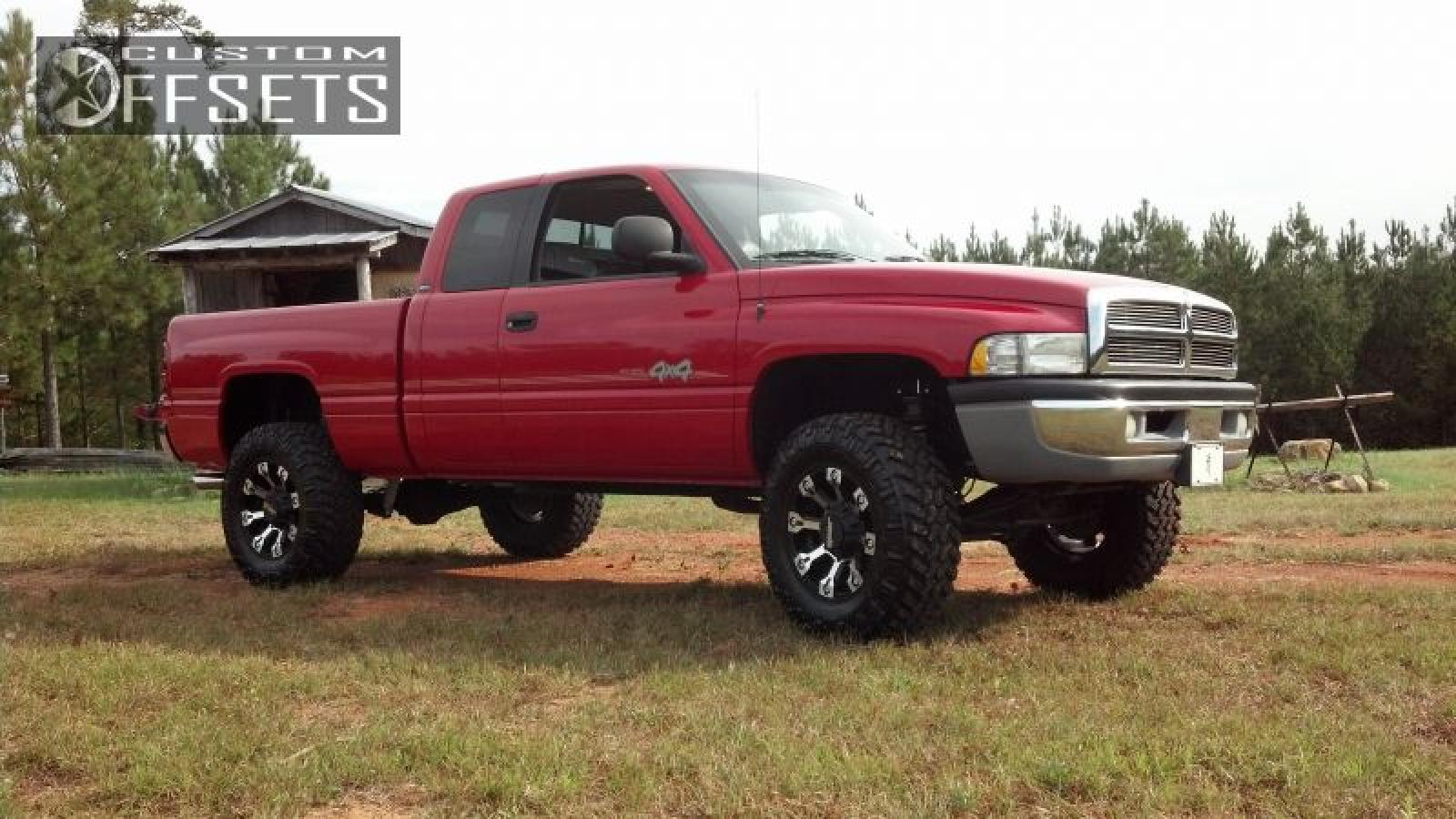 2000 dodge ram pickup 1500 information and photos zombiedrive. Black Bedroom Furniture Sets. Home Design Ideas
