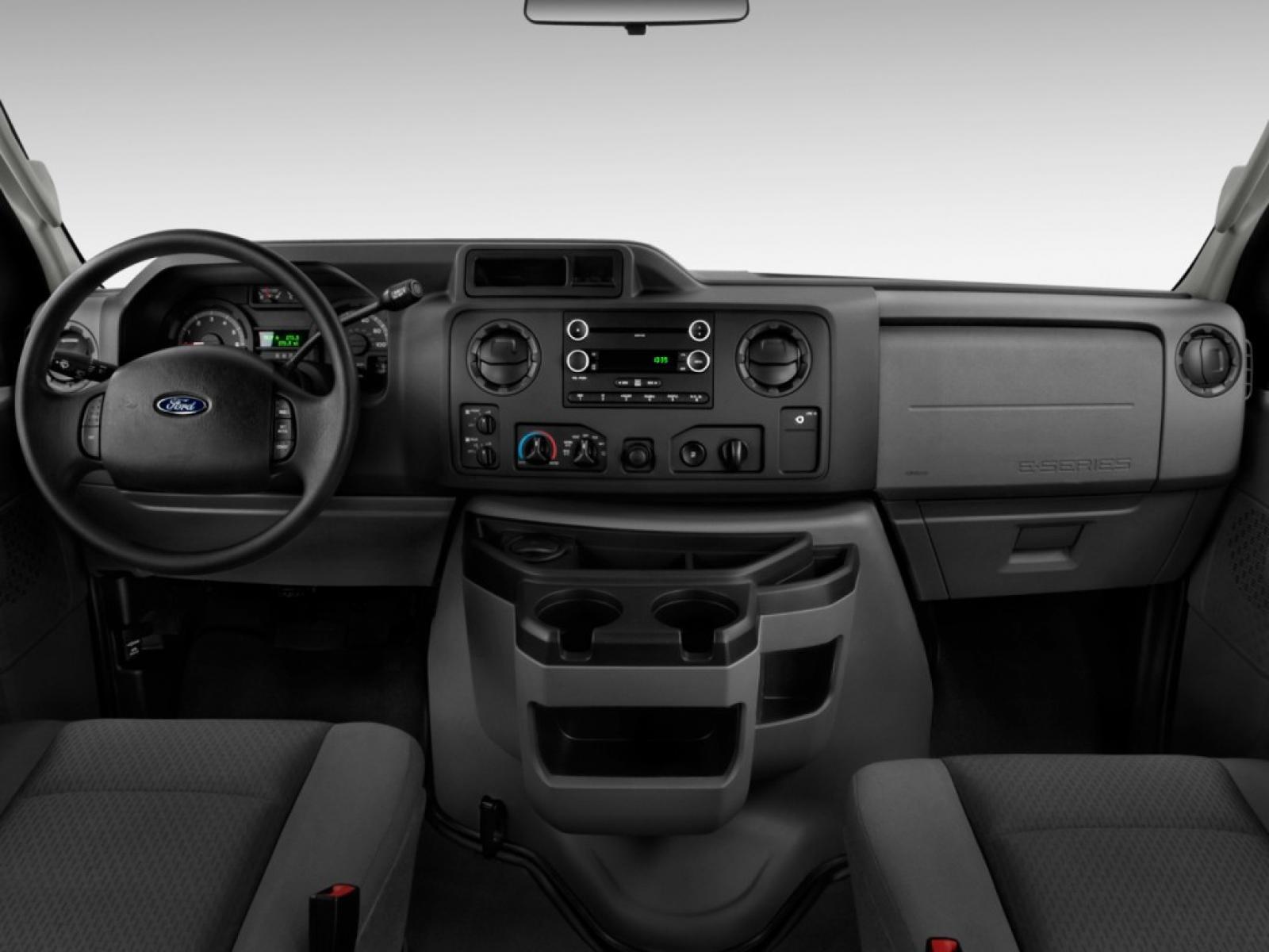 Ford Econoline Wagon 6 800 1024 1280 1600 Origin