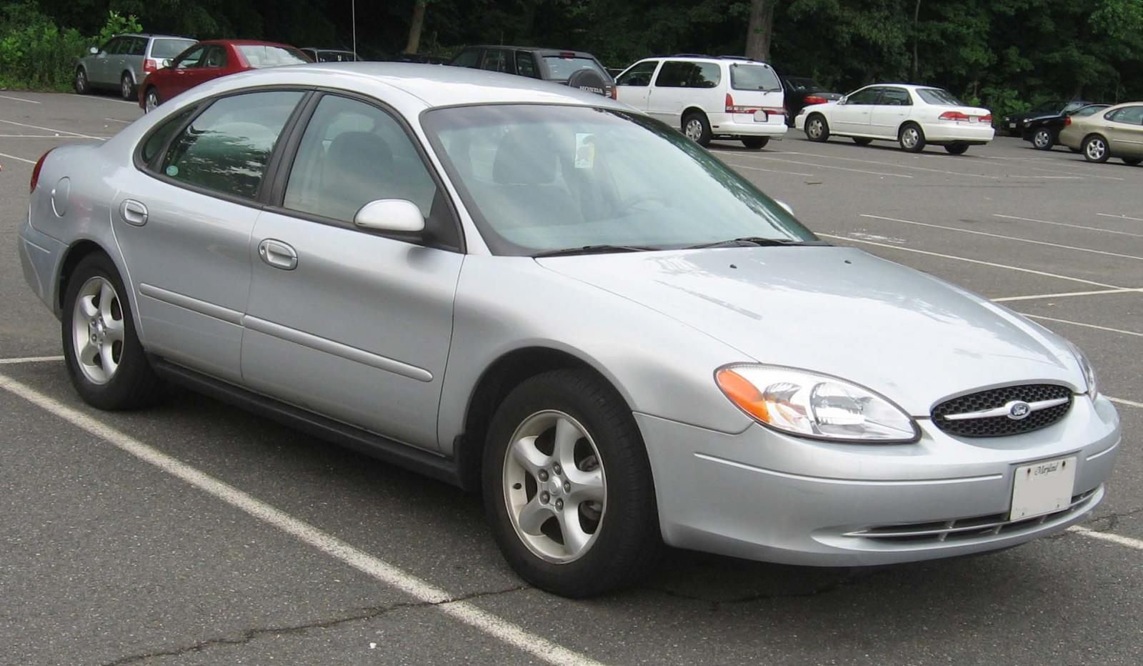 2000 ford taurus facts