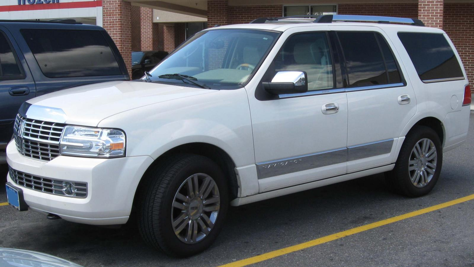 2000 Lincoln Navigator Information And Photos Zomb Drive