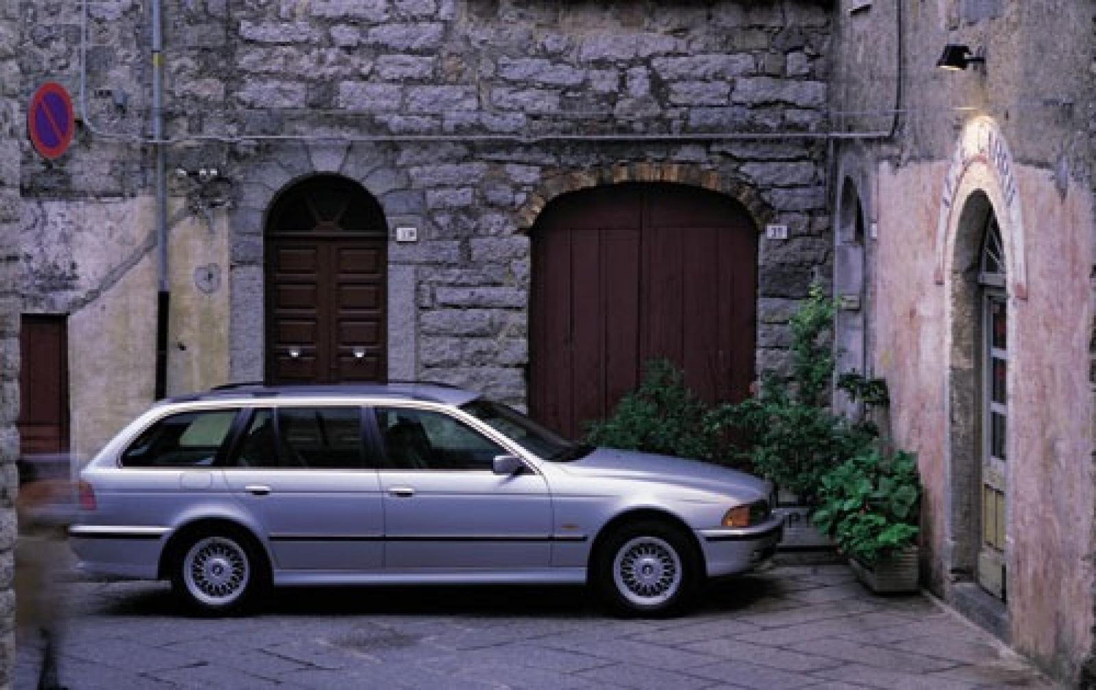 2000 Bmw 5 Series Information And Photos Zombiedrive Wagon 800 1024 1280 1600 Origin
