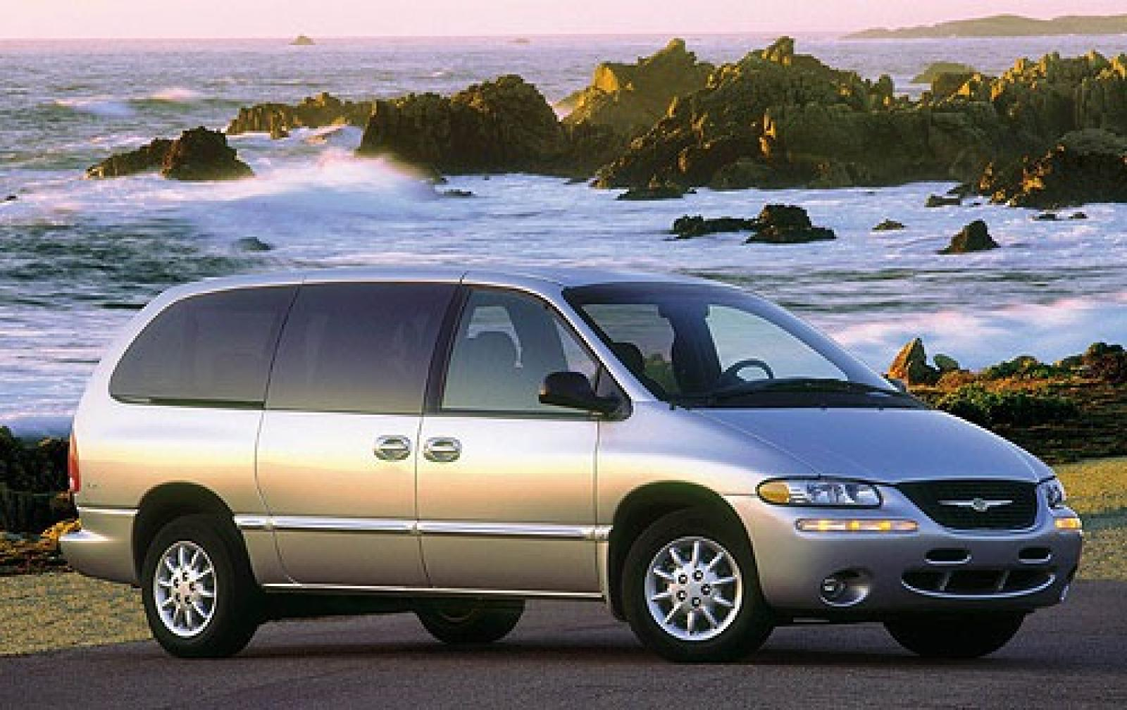 2001 chrysler town and country information and photos zombiedrive. Cars Review. Best American Auto & Cars Review