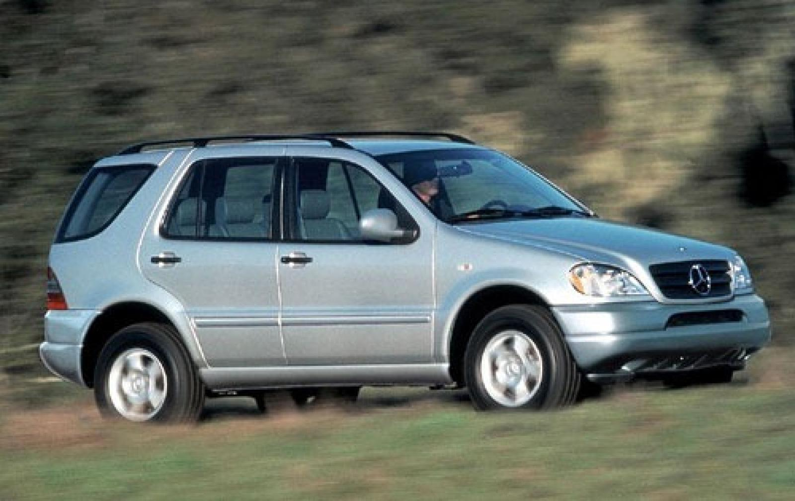 2000 mercedes benz m class information and photos for Mercedes benz m class mercedes suv