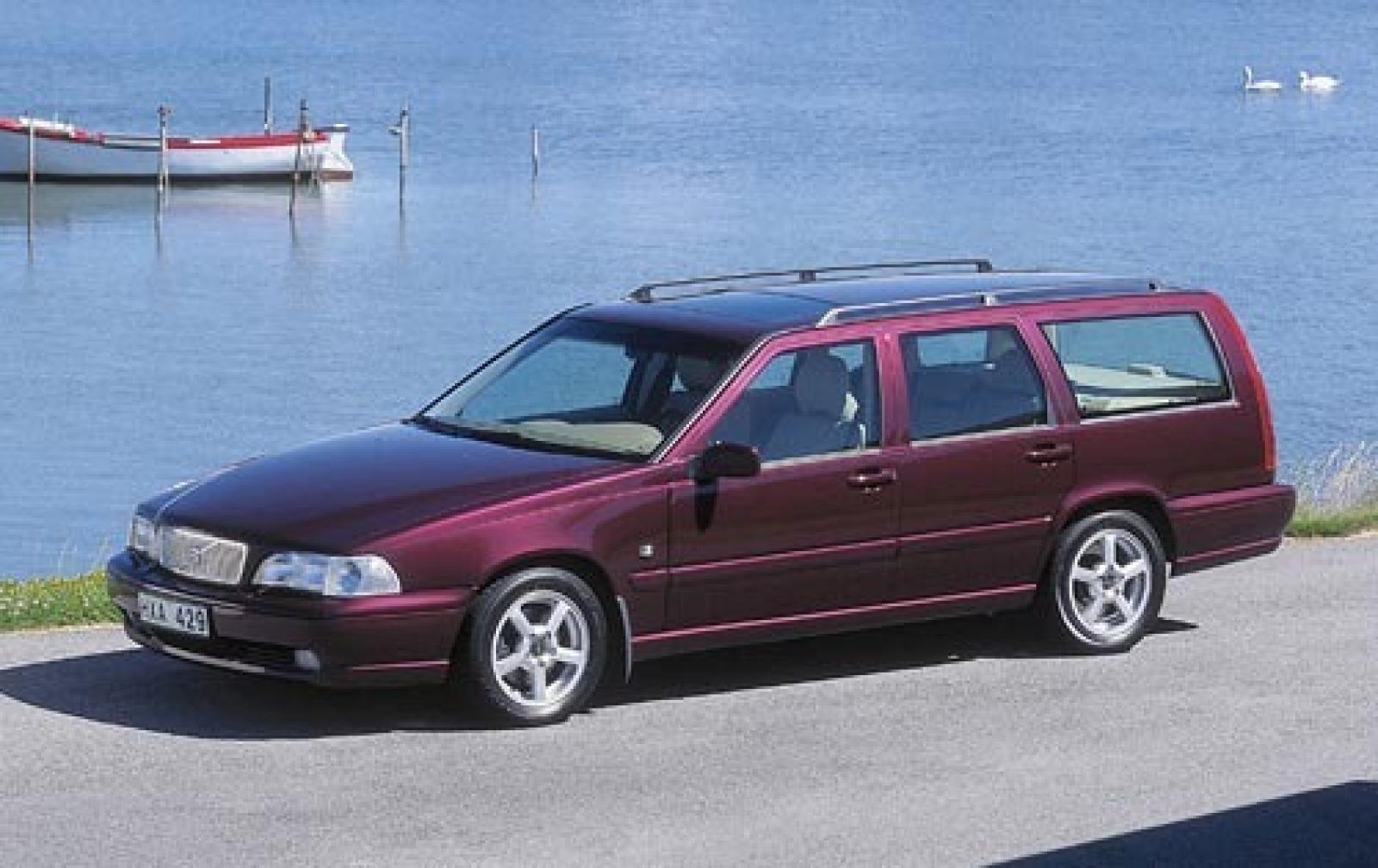 2000 Volvo V70 - Information and photos - ZombieDrive
