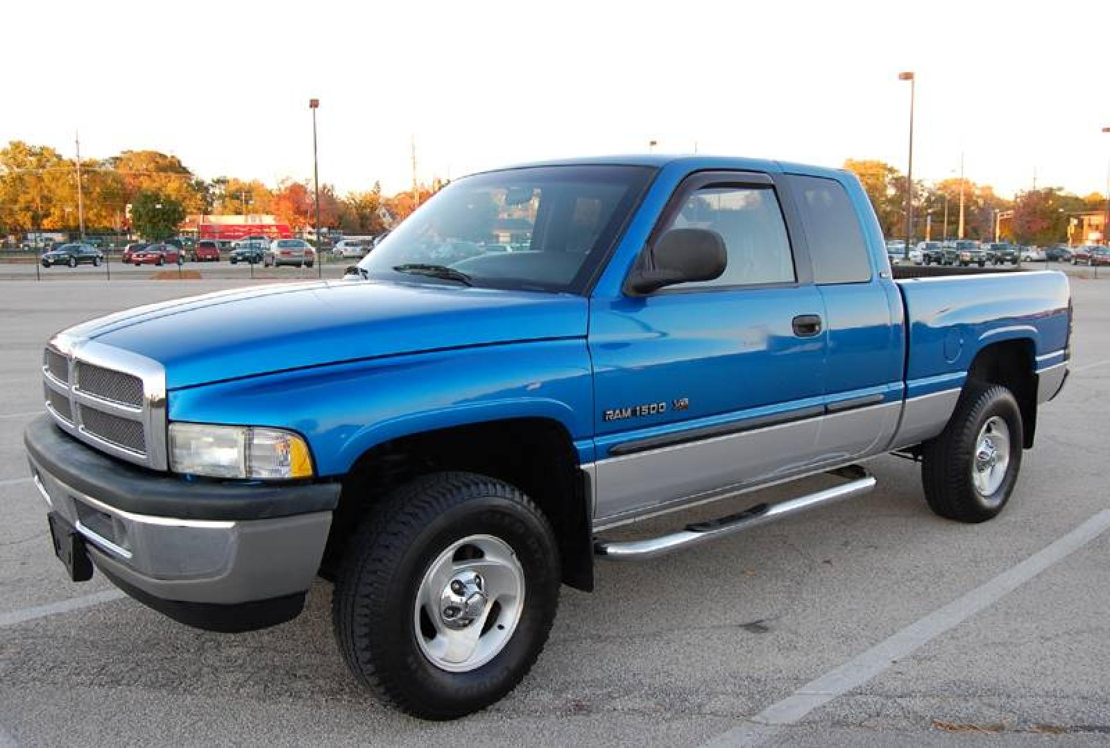 2001 dodge ram pickup 1500 information and photos zombiedrive. Black Bedroom Furniture Sets. Home Design Ideas